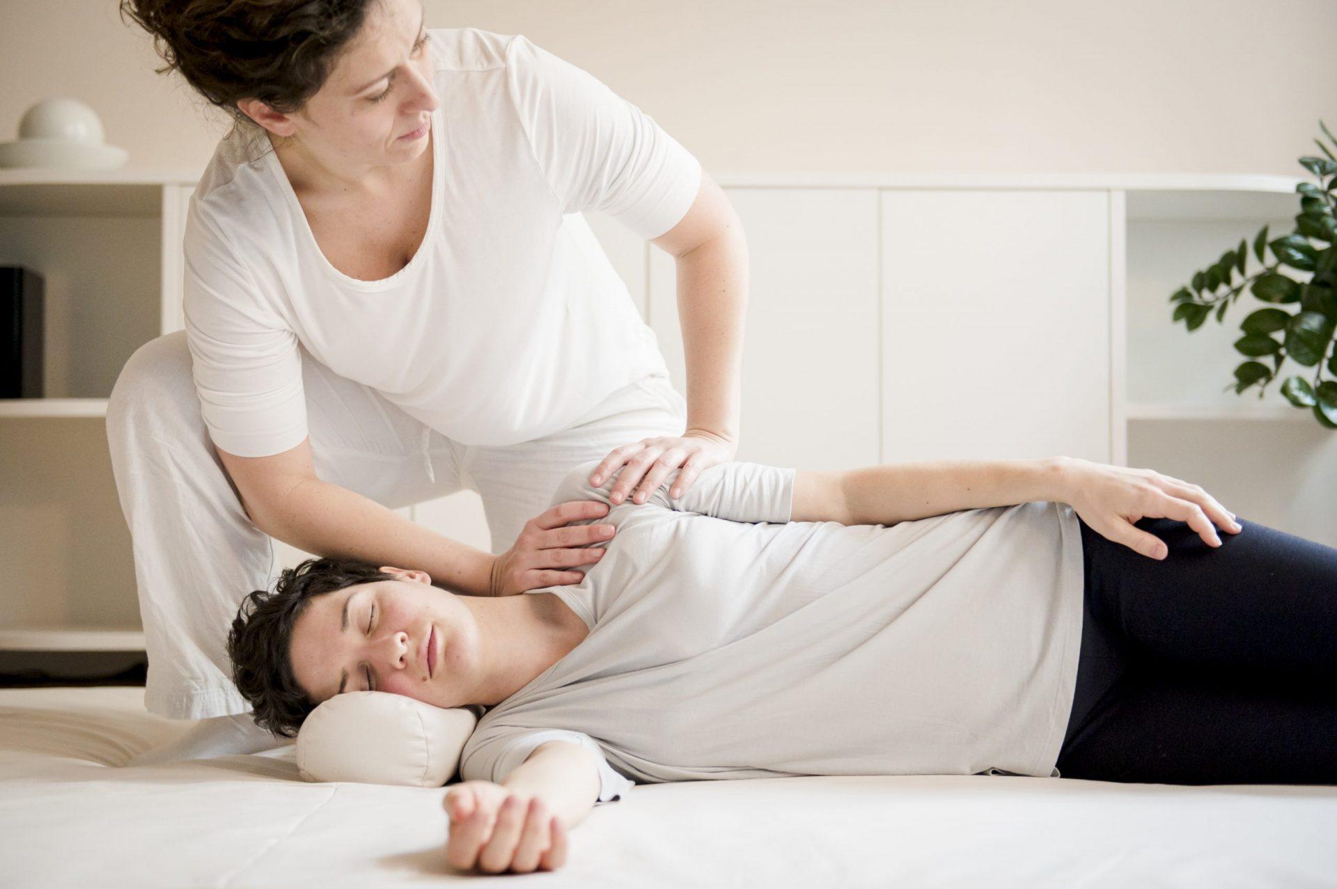 Behandlung Seitenlage Schulter